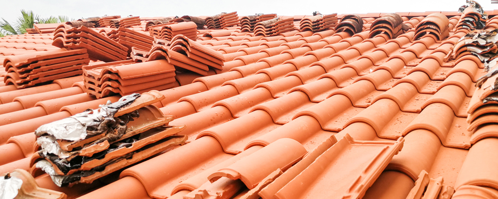 Roof Ridge Tiles Cost (2020 Guide) - QuoteCheck