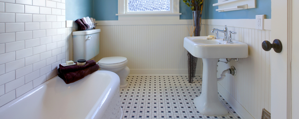Design of blue bathroom